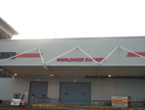 Distribution centre signs